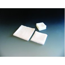 Kompresy z gázy - klasické, 17 nití/cm2, 8 vrstev,5x 5 cm, 100 ks - nesterilní Batist